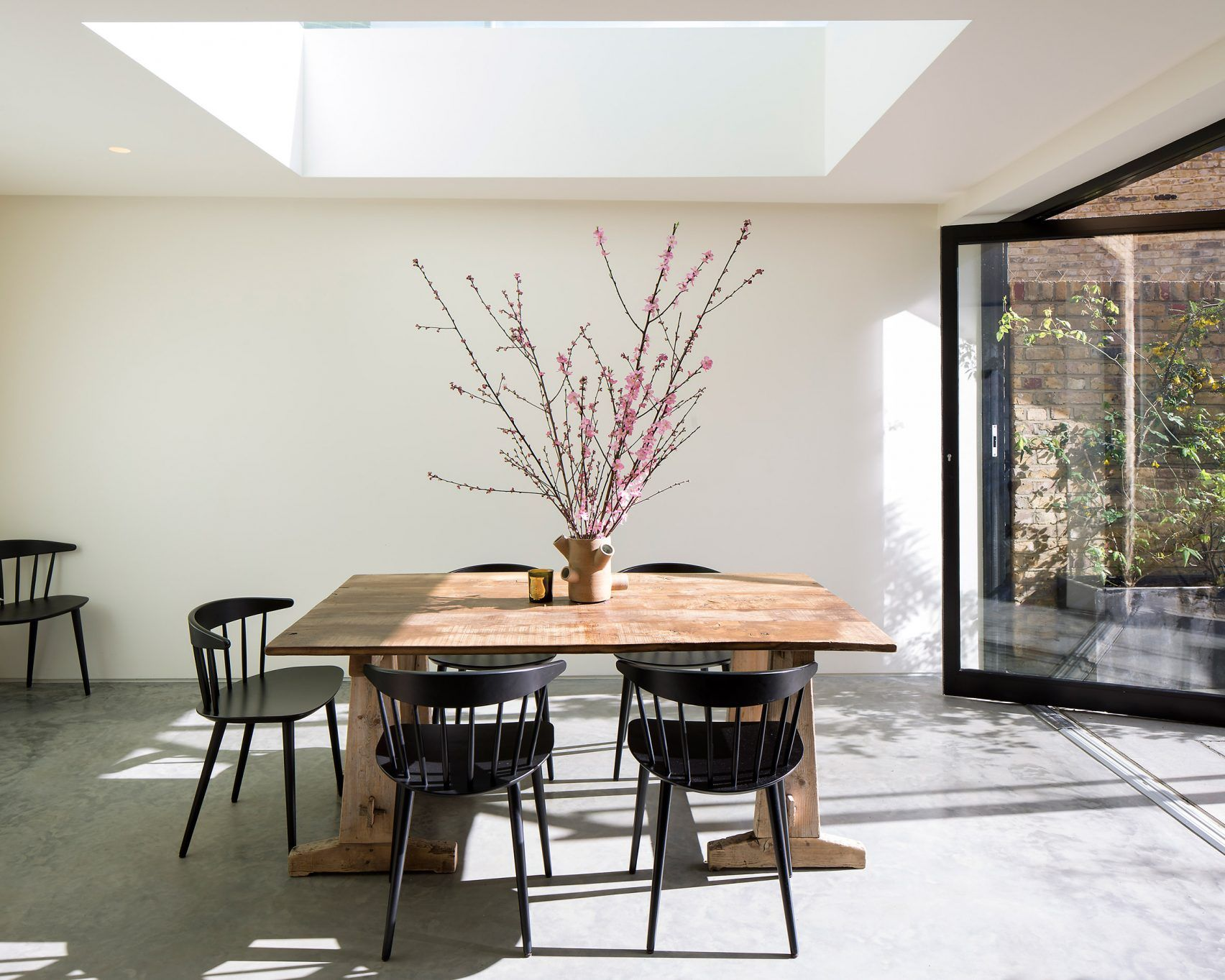 Modern extension added to the rear of a Victorian house in east London by The D*Haus Company.
