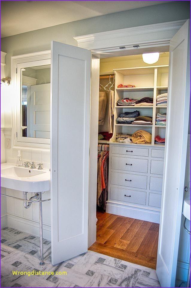 17 Luxury Walk In Closet Ideas To Make Bedroom Interior More Organized Closet Remodel Small Master Closet Closet Layout
