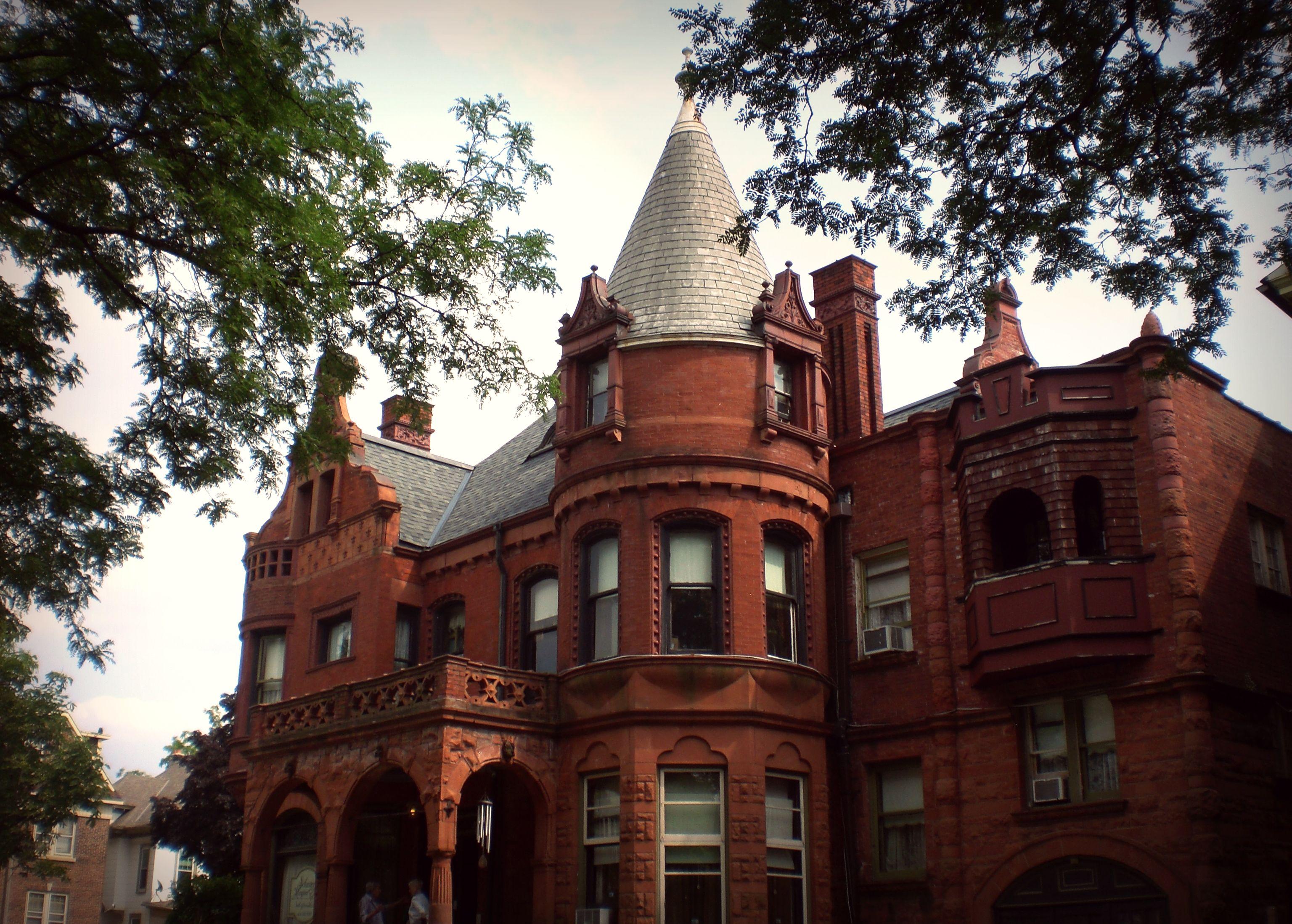 Schuster Mansion Bed Breakfast In Milwaukee Wi Bed And Breakfast Mansions Milwaukee Wi