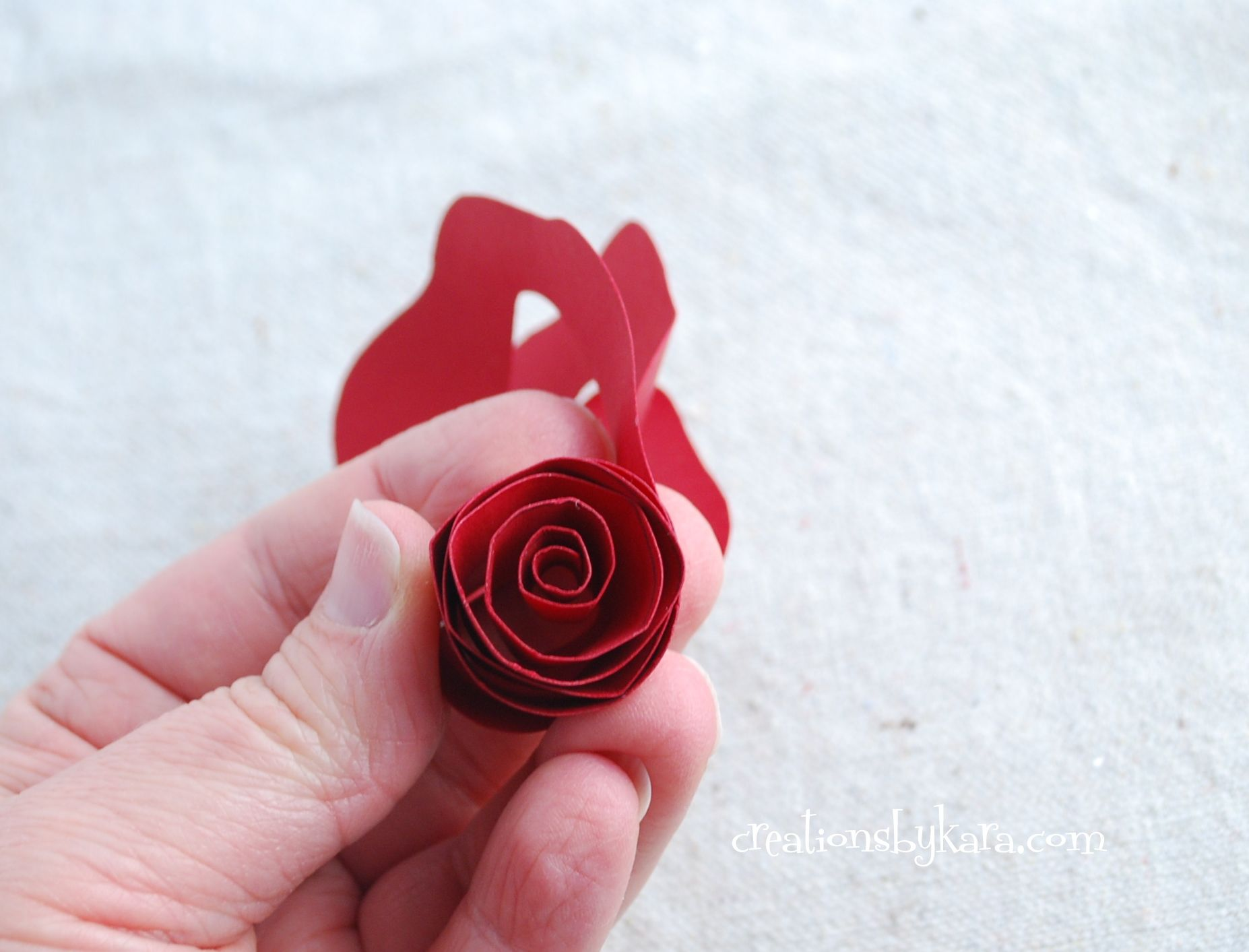 Paper Flower Roses December 20 2011 By Kara 1 Comment Crafts