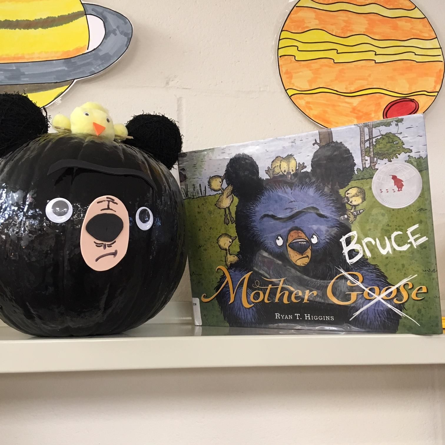 Mother Bruce Book Character Pumpkin Pumpkin Painting 2018