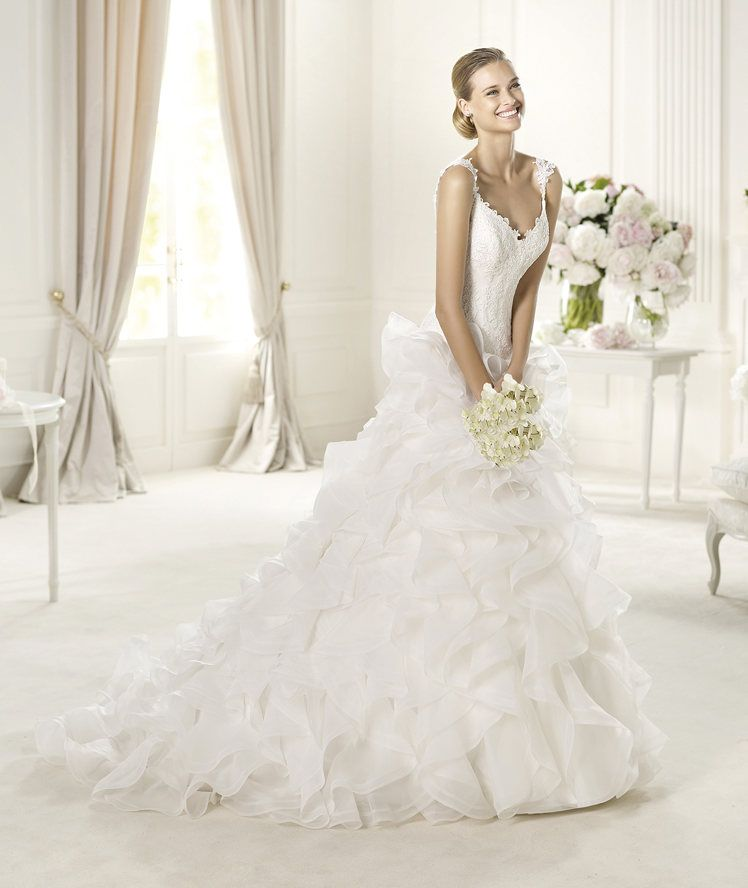 Awesome Lace bodice with dropped waist Pronovias wedding gown Get your custom wedding