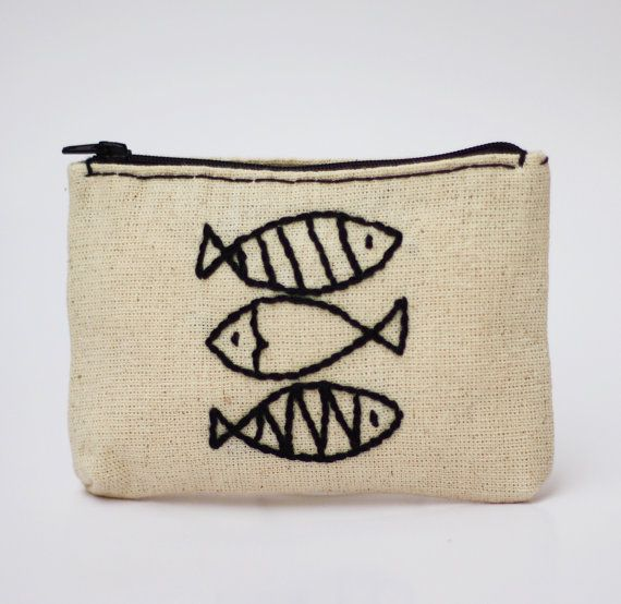 fish coin purse  white black   hand embroidery on por NIARMENA