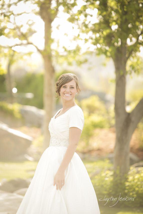 Modest wedding dress!   #modest #wedding #dress