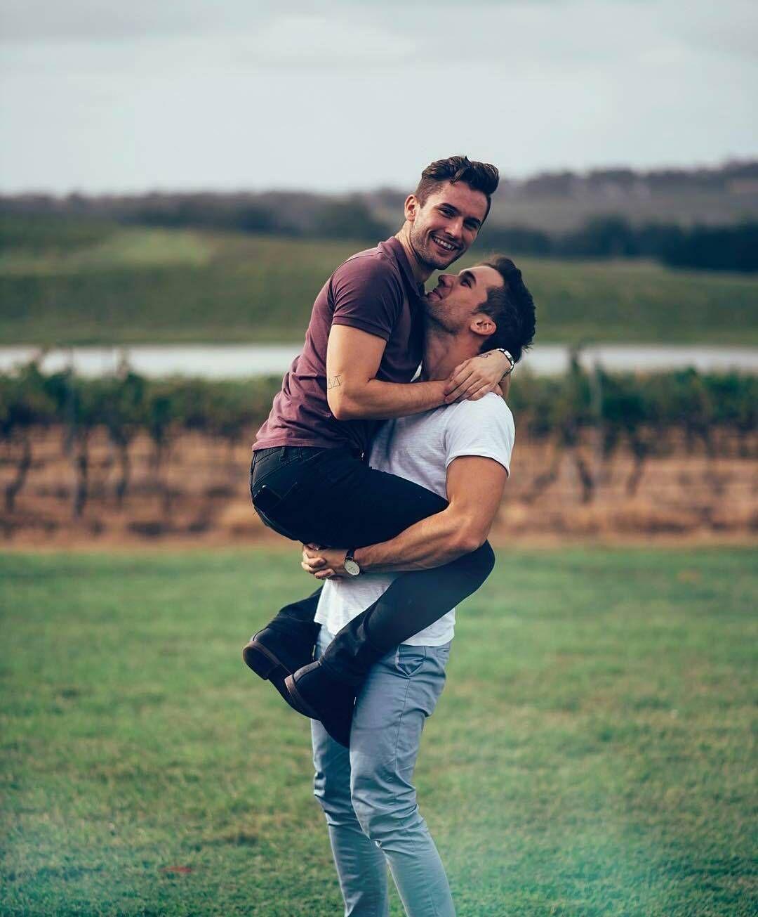 Gay dating on instagram