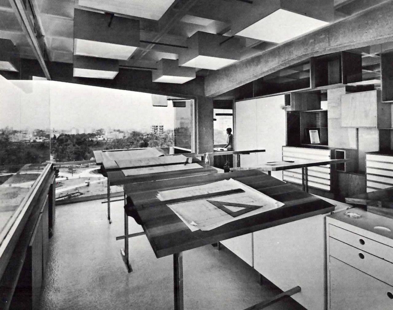 Arqs. Carlos E. Alvarado y Germán Herrasti  Drafting studio on the 6th floor, av. Porfirio Diaz 100, Extremadura Insurgentes, Mexico City 1967