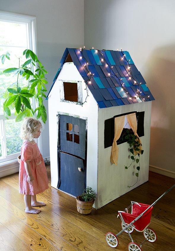 diy cardboard playhouse from a box kiddo play spaces pinterest kinderzimmer basteln mit. Black Bedroom Furniture Sets. Home Design Ideas