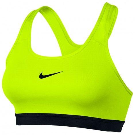 De #Nike Pro Classic Padded #sportbh draagt comfortabel en biedt medium ondersteuning tijdens het sporten.