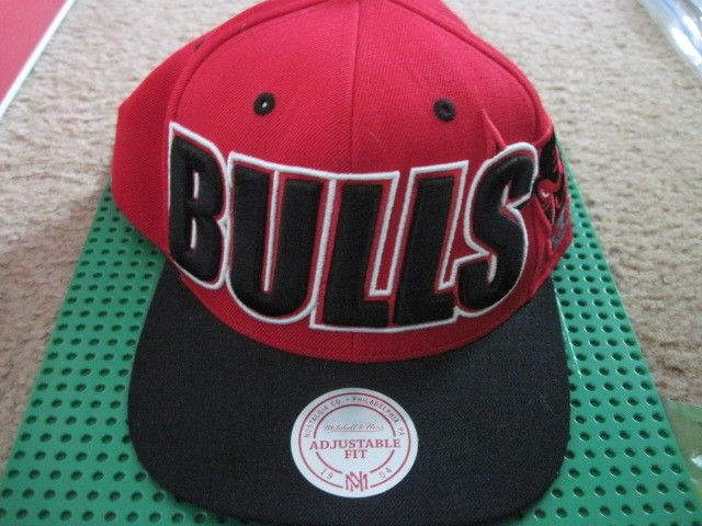 """Mitchell & Ness Chicago Bulls Snapback All Red/Black """"BULLS"""" Cap hat NEW #MitchellNess #Snapback"""