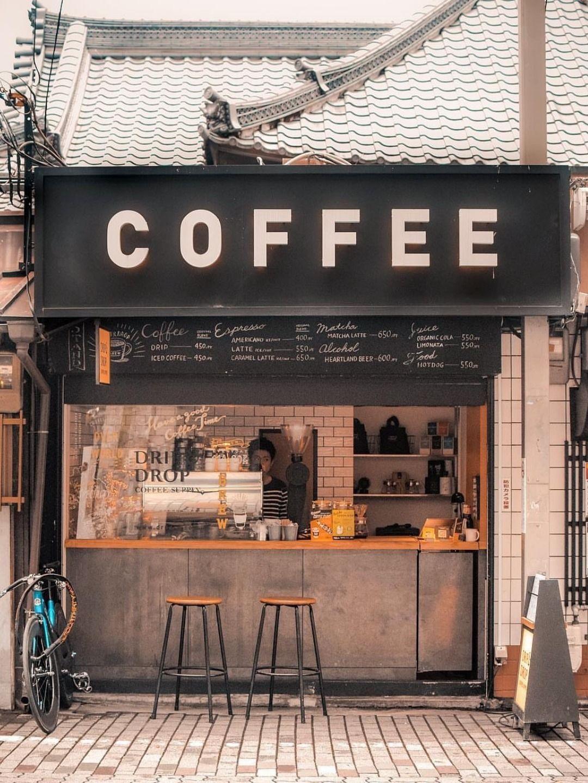 Coffee Shop In London Uk In 2020 Small Coffee Shop Industrial Coffee Shop Coffee Shops Interior