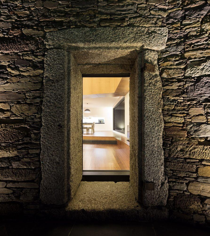 Gallery of Vigário House / AND-RÉ - 27