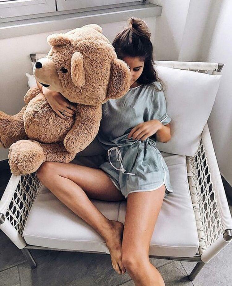 Днем свадьбы, картинки девушка с медведем плюшевым