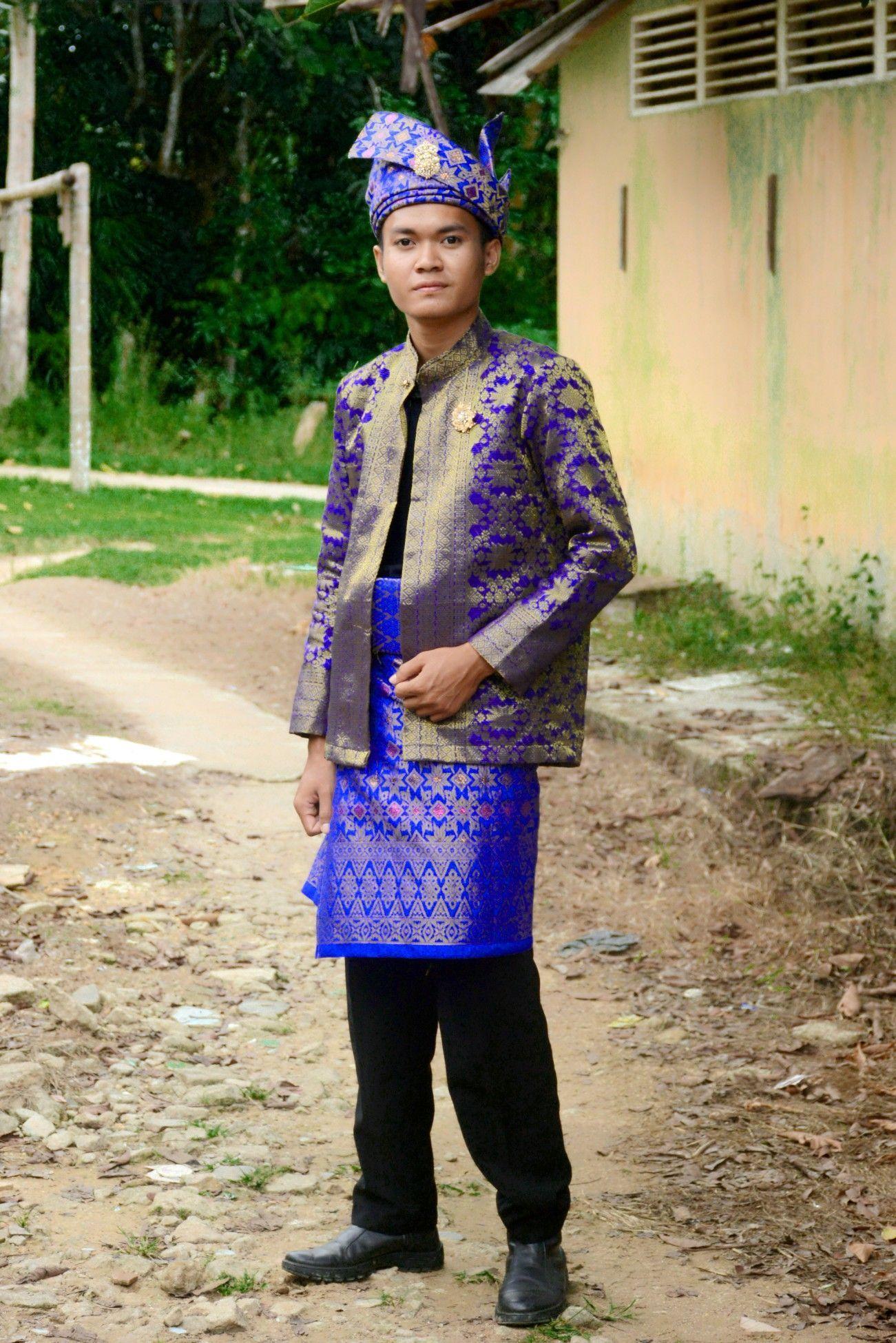 Gambar Pakaian Adat Timor