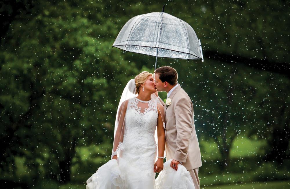 Tips For A Rainy Wedding Day Rainy Wedding Umbrella Wedding Rain On Wedding Day