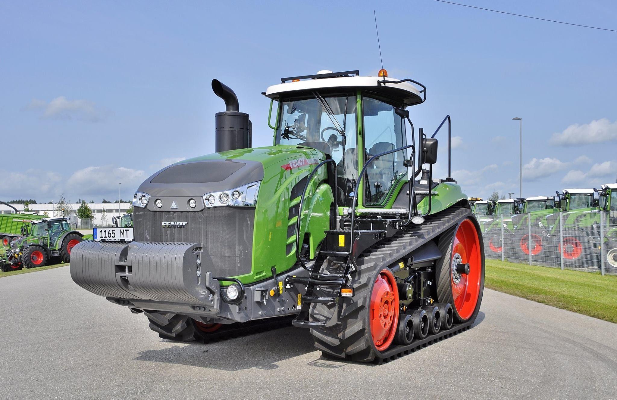 фото немецкие гусеничные трактора это
