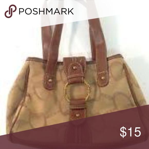 d1ebab2d86 Chaps By Ralph Lauren Brown   Beige Medium Handbag Great condition Chaps  handbag.