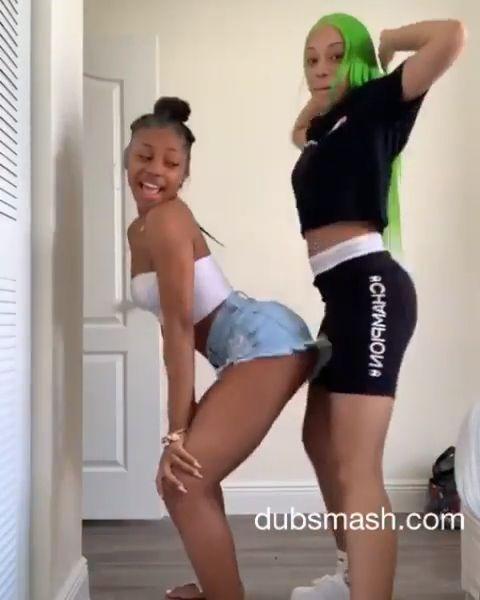 White Girls Eating Black Pussy