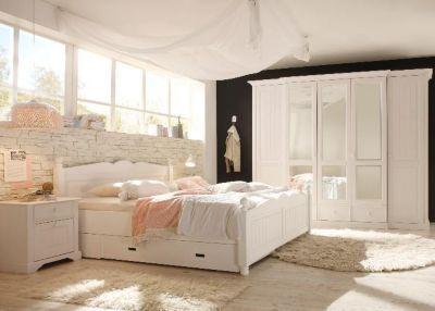 Landhausmöbel Schlafzimmer ~ Sehr schönes landhaus schlafzimmer in weiss aus massiver pinie