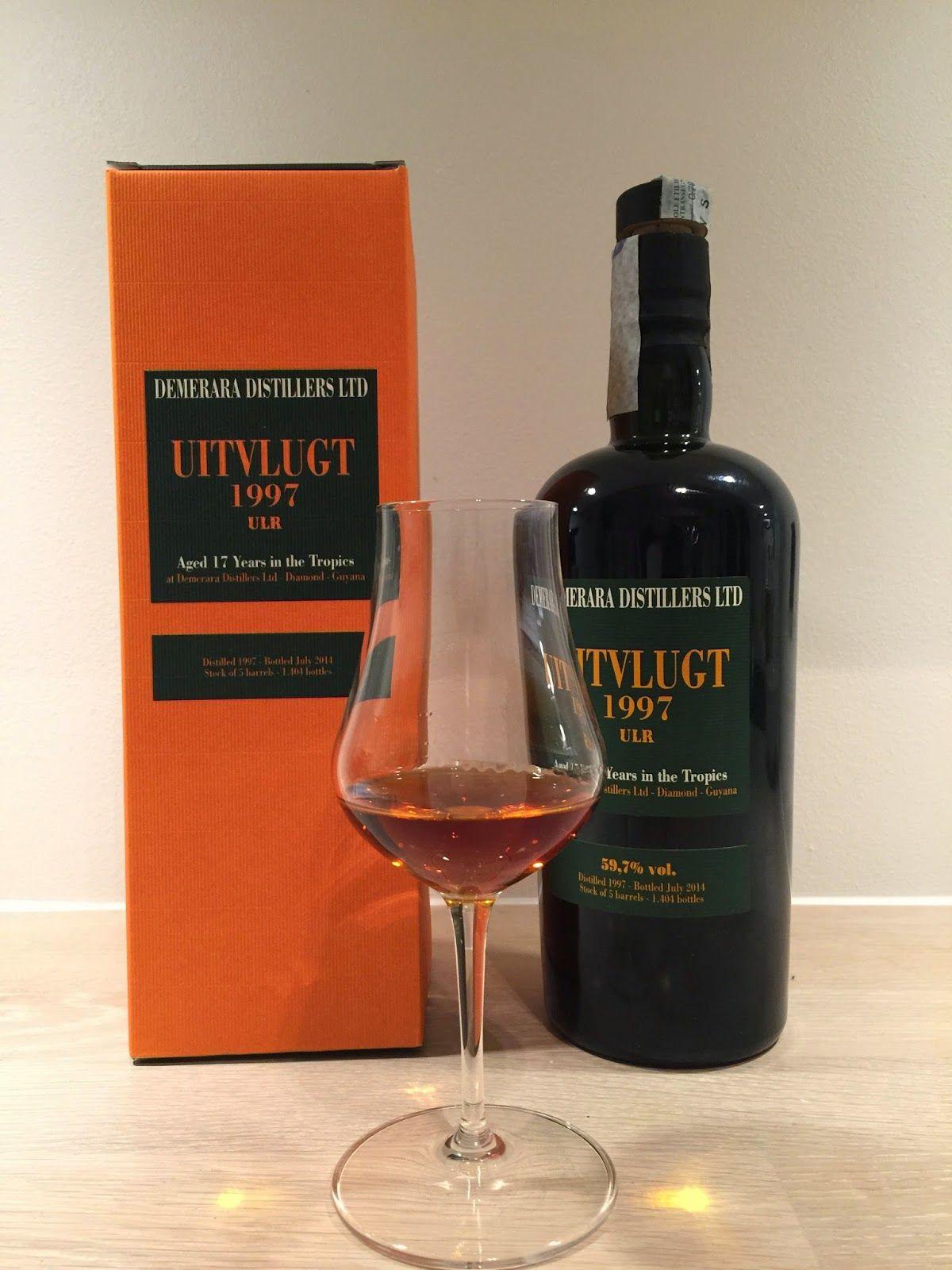 Rum Corner: Review 37 - Velier Uitvlugt 1997 ULR 17 year old