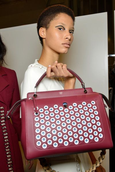 Fendi - Backstage - Milan Fashion Week SS16  0559435c71859