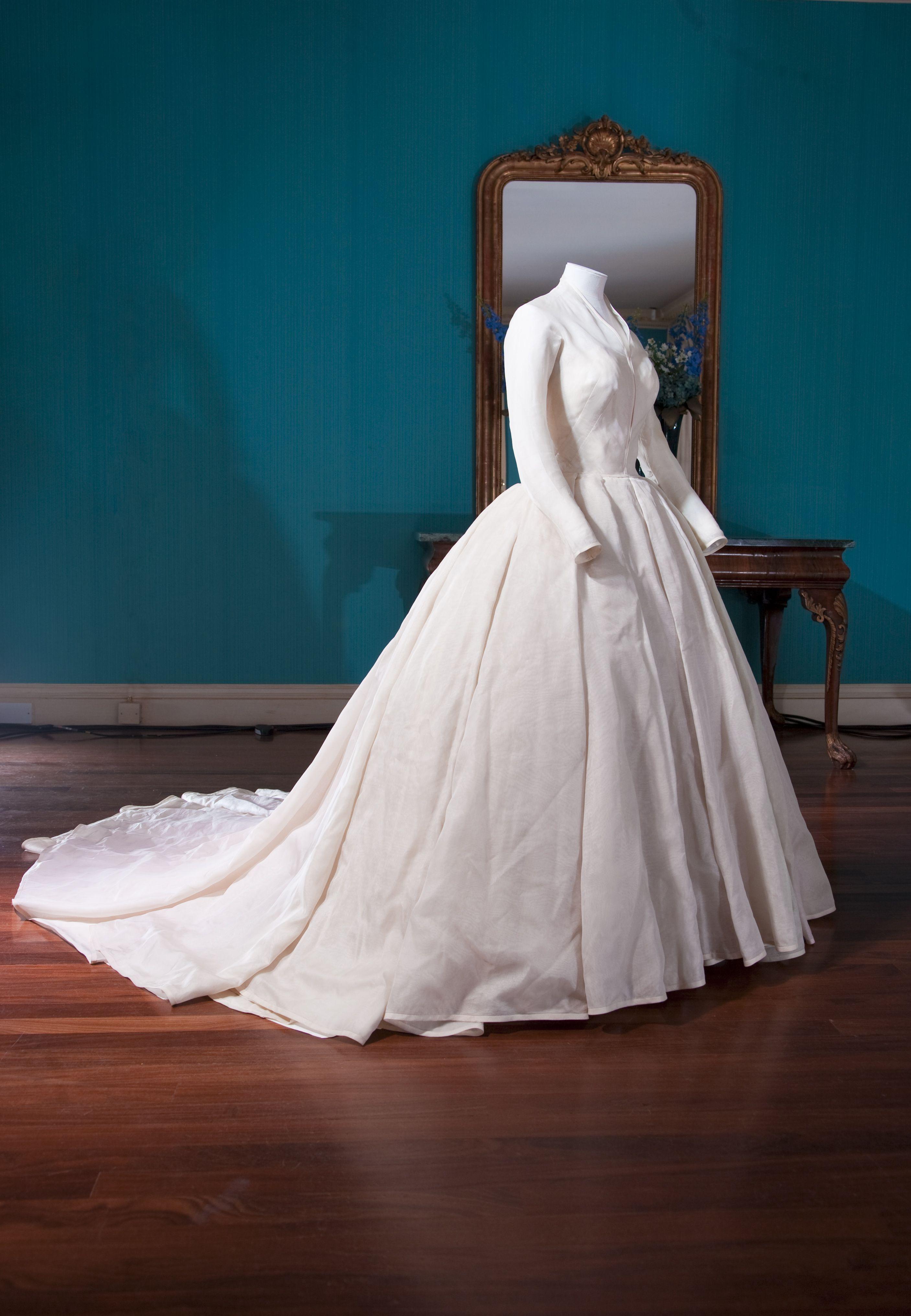 Princess Margaret S Wedding Dress 1960 Kensington