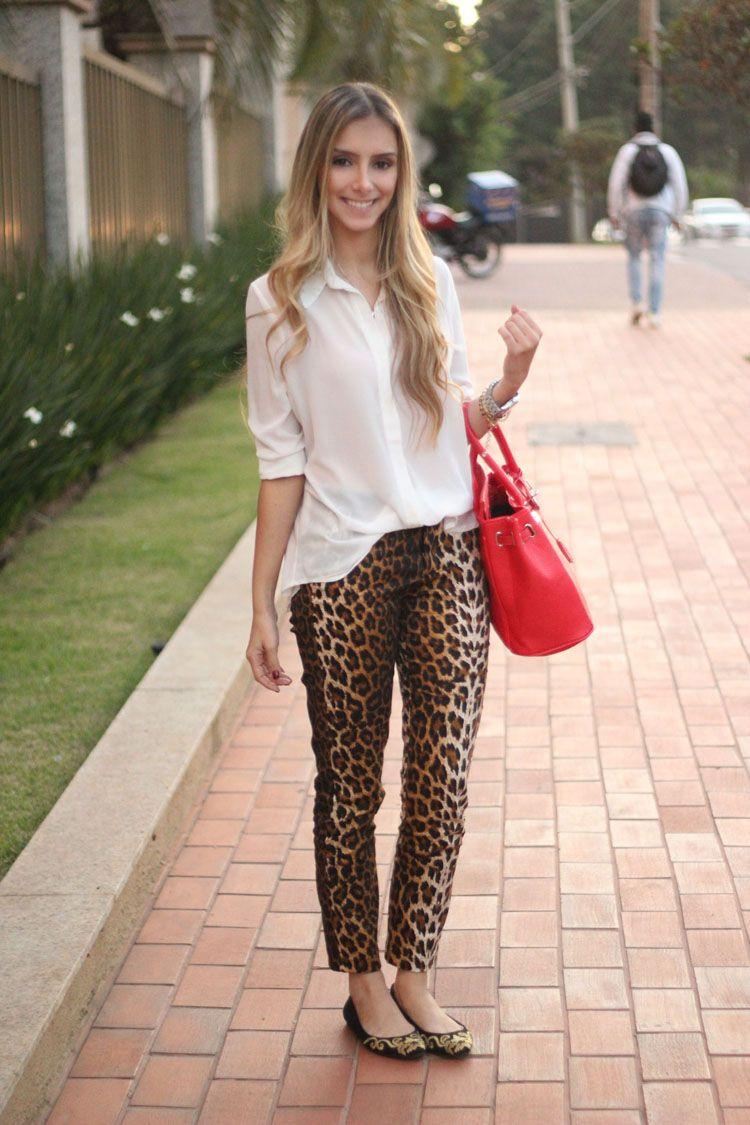 Bolsa Dourada Look : Look da onca sapatilha barroca dourada arabesco calca