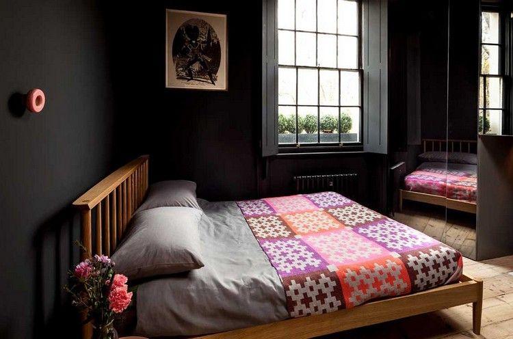 Stylische Schlafzimmer schwarze wandfarbe schlafzimmer stylisch innendesign