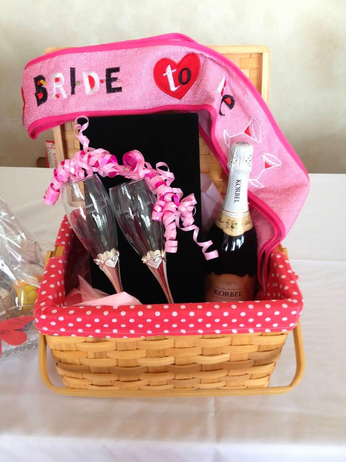 Diy Bridal Shower Gift Basket Photo Album Kcraft