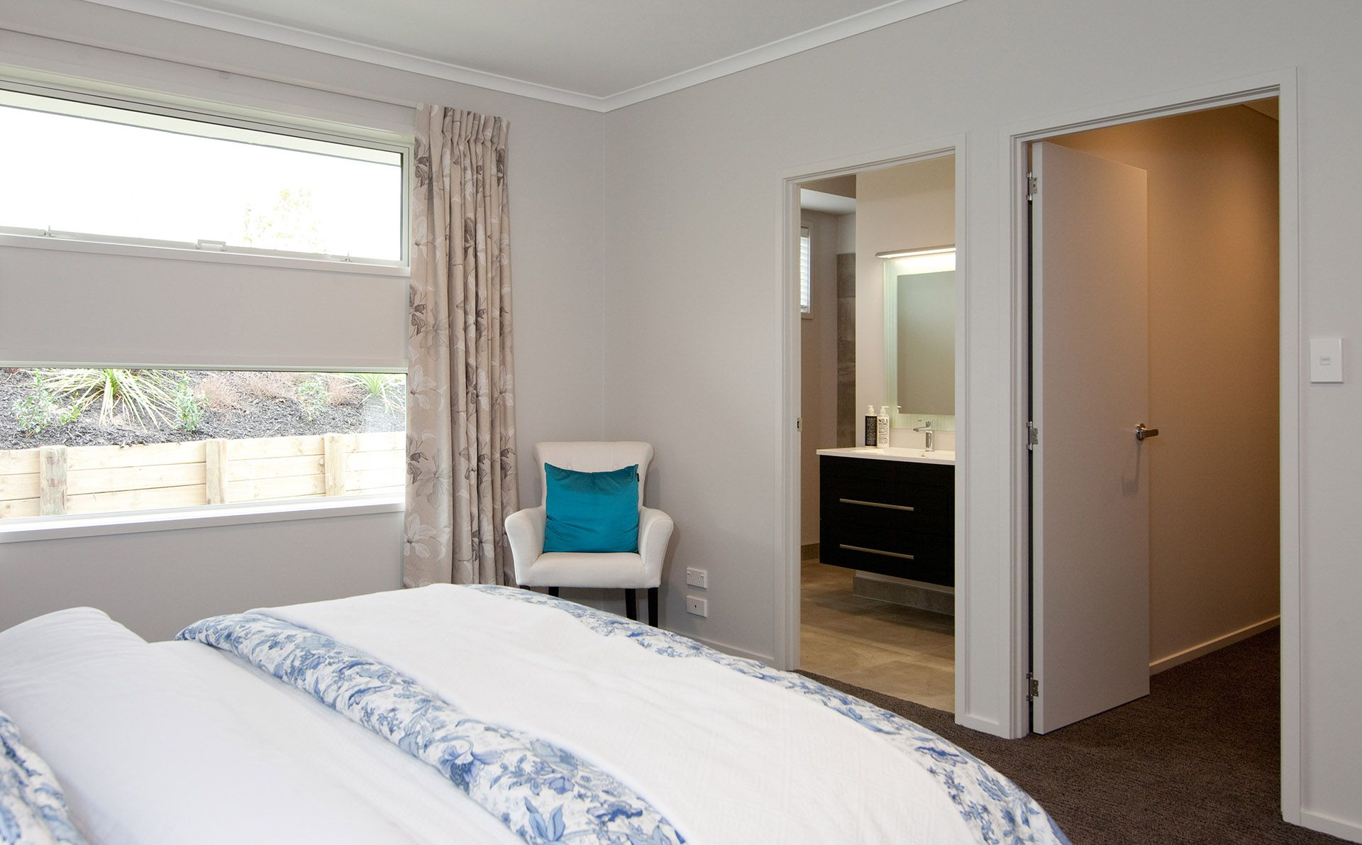 Master Bedroom And Bathroom Your Walk In Wardrobe And Ensuite Bathroom Master Bedroom Gj
