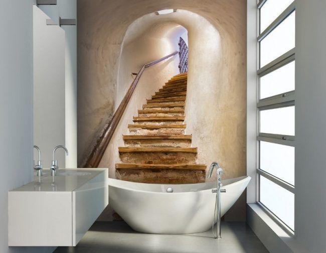 Badezimmer-Ideen-kleine-Baeder-Treppe-Fototapete-Badewanne ...