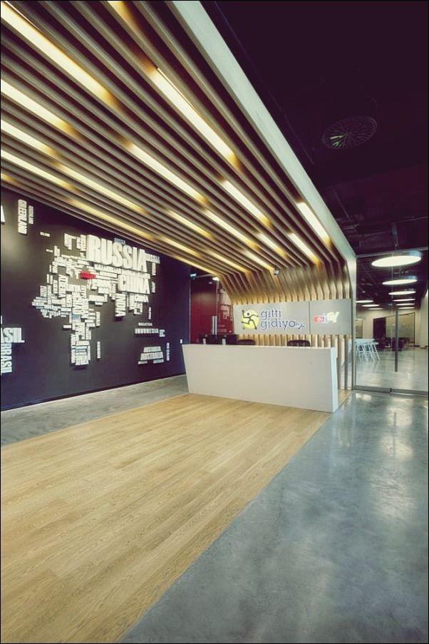 20 Idees De Banque Interior Design Design Banque D Accueil Comptoir De Reception