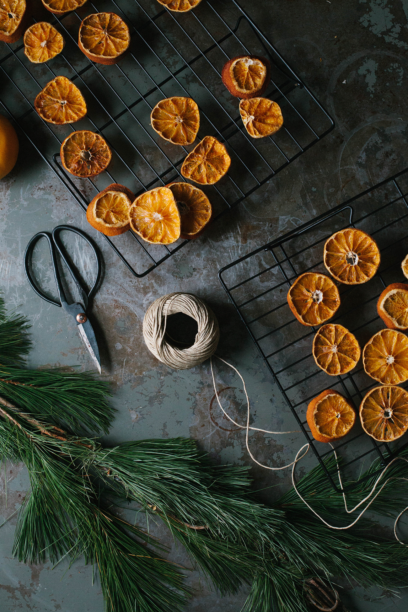 A Daily Something Simple DIY for Dried Orange Garland