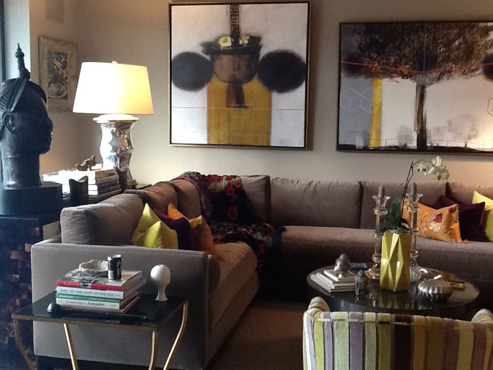Living room: Composition of textures and colors.