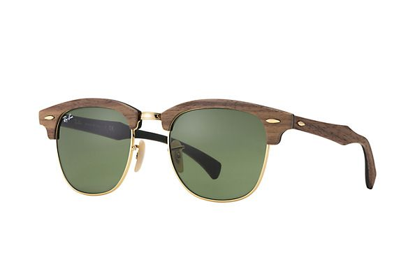 Look who's looking at this new Ray-Ban  Clubmaster Wood