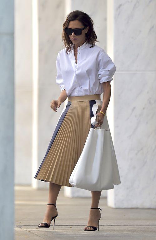 2fd6d103116f54 Street style : les looks de Victoria Beckham à la Fashion Week de ...