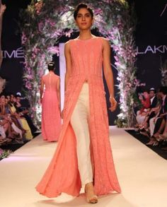 885b0351e1 designer kurtis for girls by manish malhotra - Google Search Big Fat Indian  Wedding, Indian