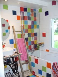 Une salle de bains color e a quoi ressemble votre for Carrelage 20x20 couleur