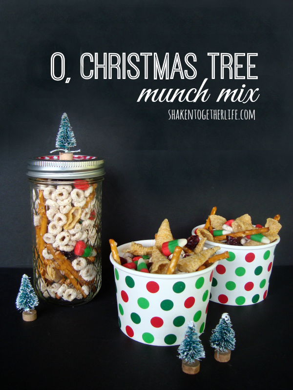 Christmas Snack Gift Ideas Part - 17: This Santa-approved Snack Mix Is Each To Whip Up U0026 Makes The Most Adorable  Mason Jar Gifts! Recipe For O, Christmas Tree Munch Mix At Shaken Together!