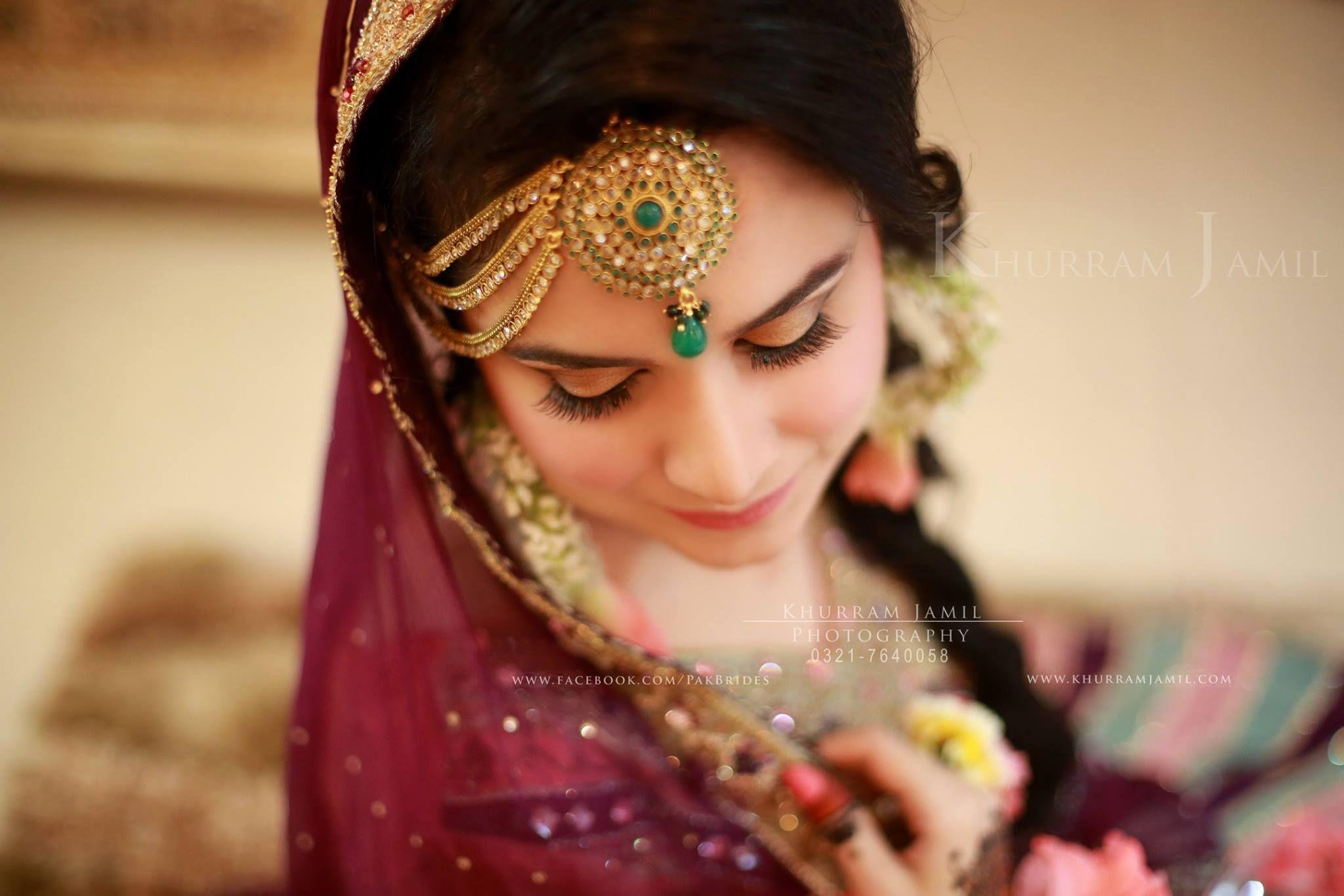 Mehndi Bridal With Matha Patti : Khurram jamil photography tika jhoomar matha patti setting