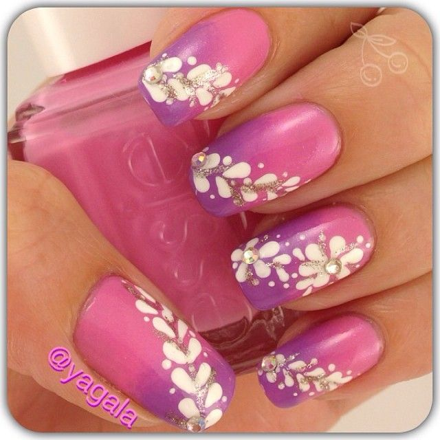 Beautiful Pink-purple Gradient Nails With Floral Accents