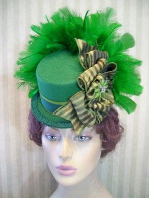 Green Mini Top Hat~Steampunk Hat~Halloween Hat~Pageant Hat~St ... 1c9af9a31303