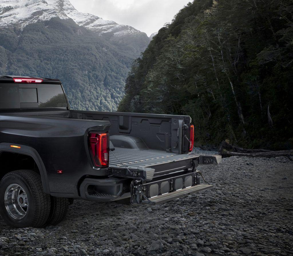 2020 Gmc 2500 Mirrors Rumors And Release Date In 2020 Gmc Truck Gmc 2500 Gmc Sierra