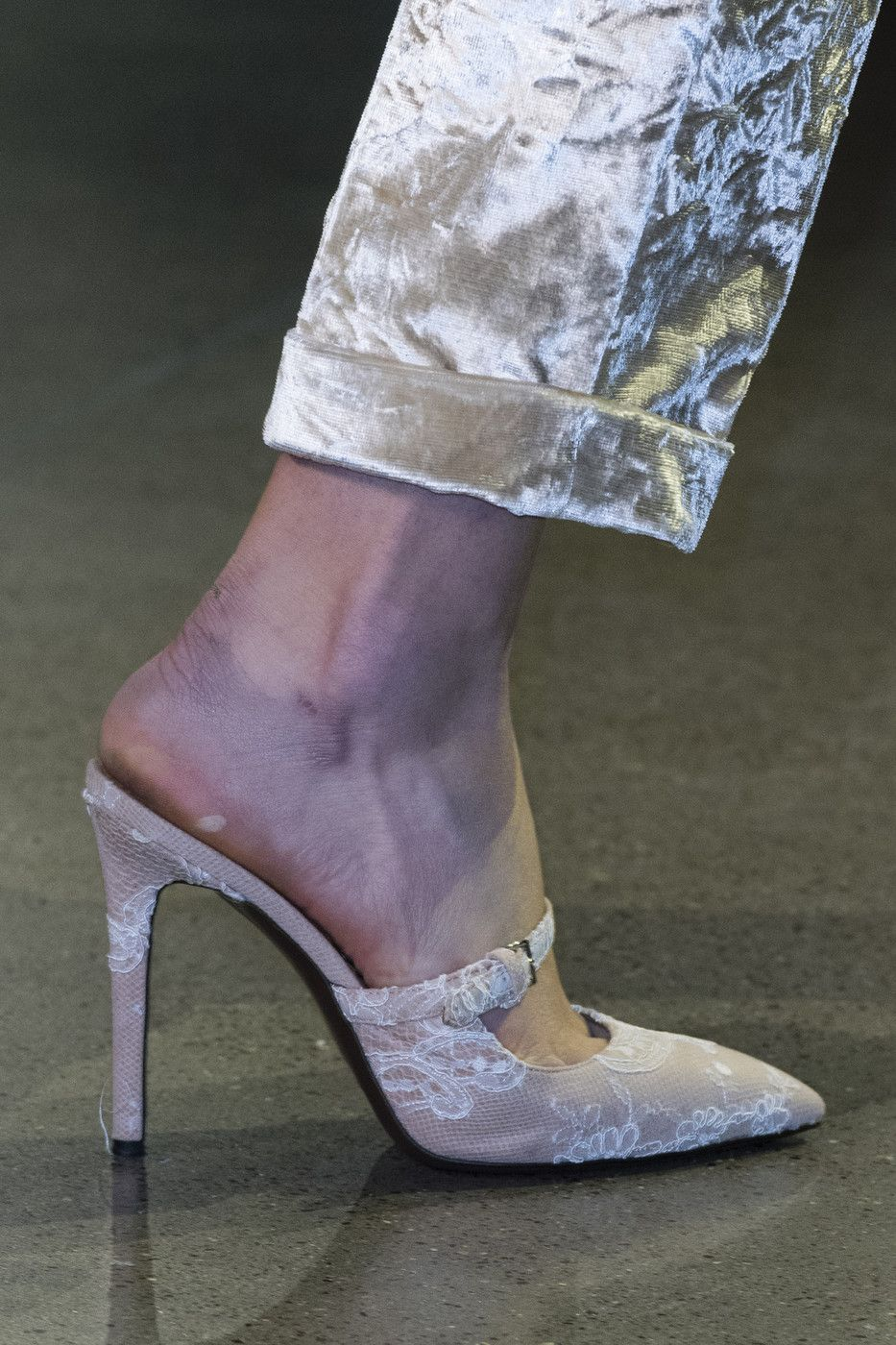 Brock Collection At New York Fashion Week Fall 2018 Fashion New York Fashion Week Heels