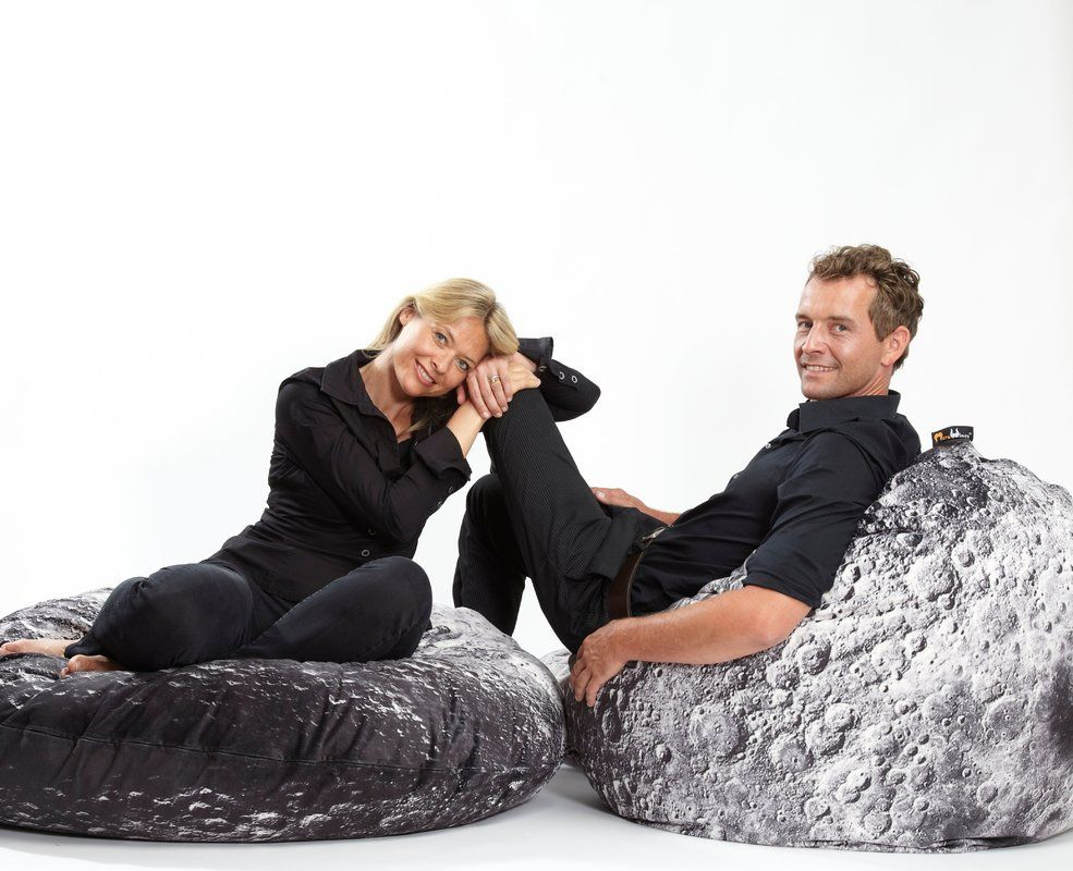 Sitzsack Tropfenform Sitzsack Moon Pod Spaces Pinterest Winter Jackets Bean Bag
