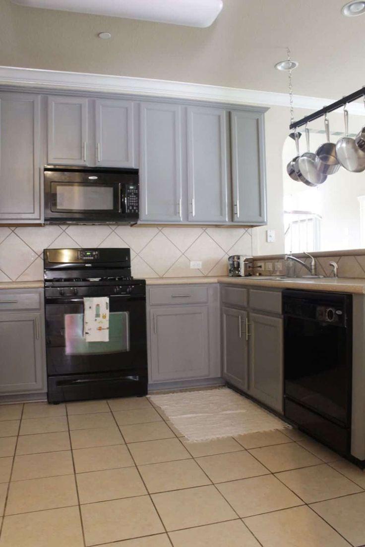 modische und raffinierte küchengeräte in schwarz küchengeräte modische r in 2020 kitchen on r kitchen cabinets id=60832