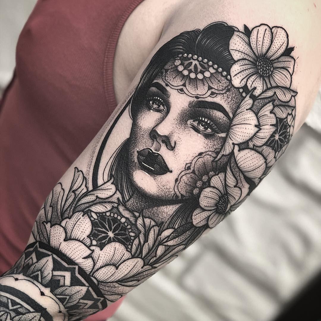 Tattoo Mädchen