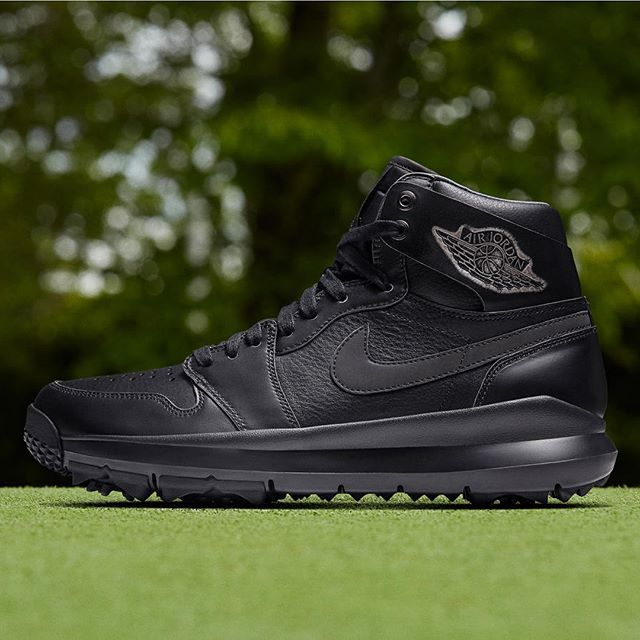 Golf fashion, Air jordans, Black nike shoes