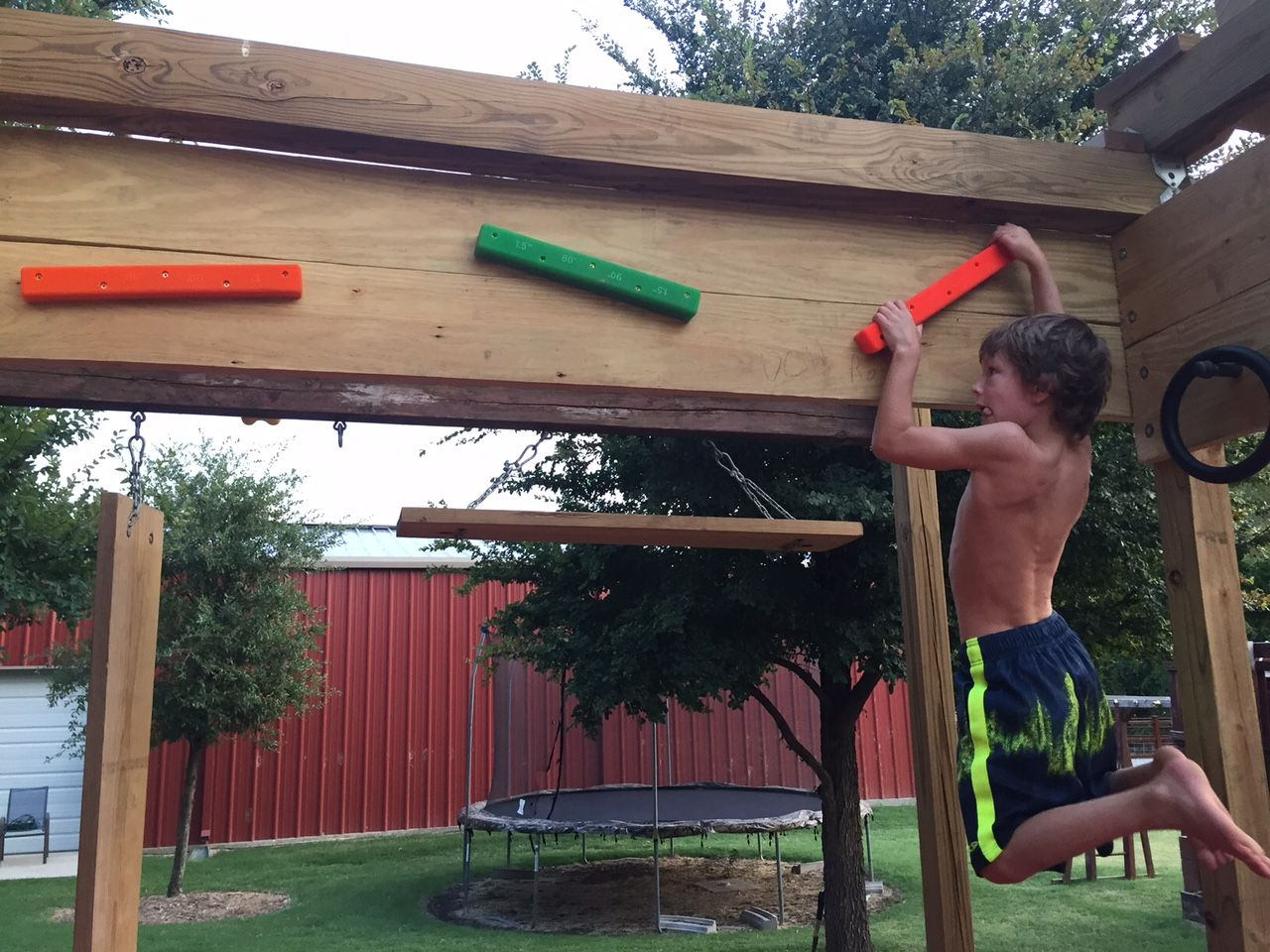 brenden price 6 years old getting in a solid ninja warrior