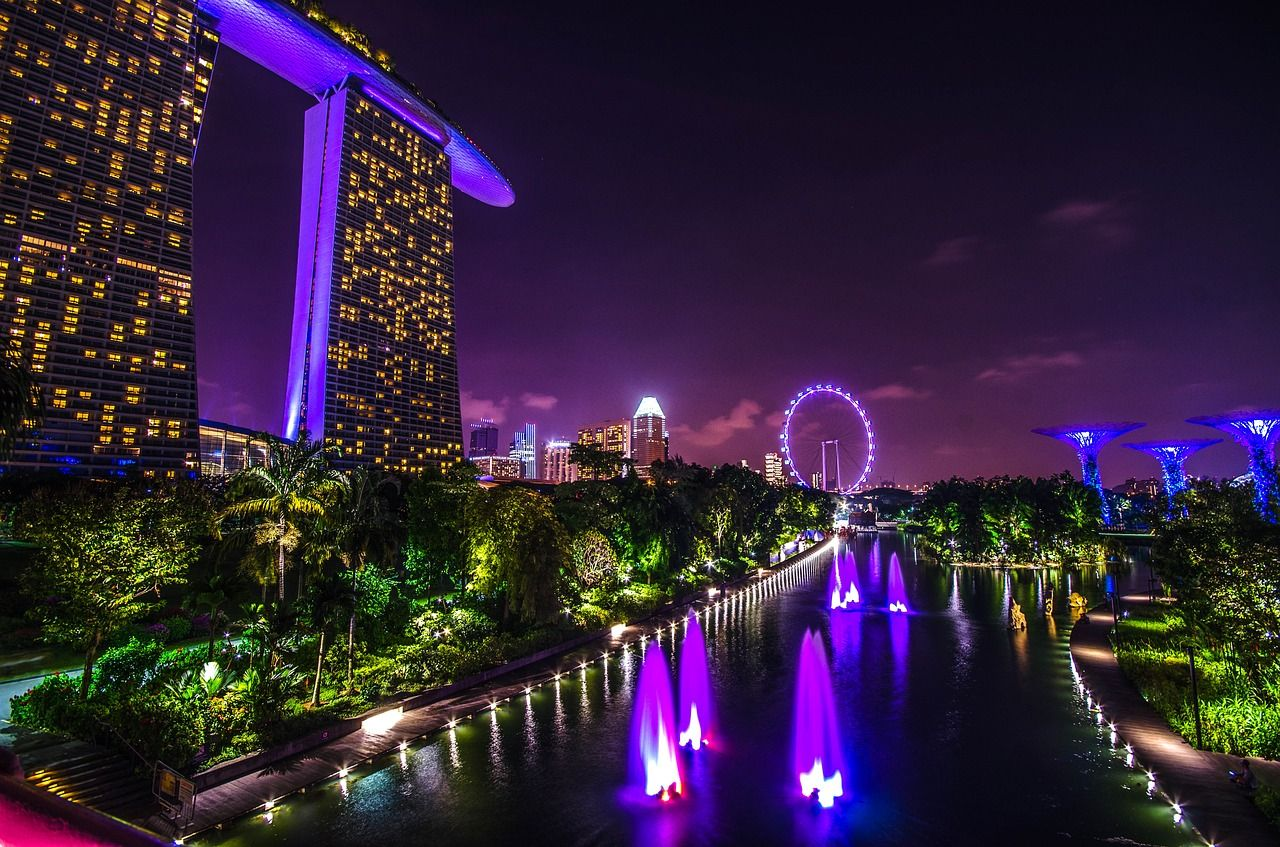 Singapore marina bay at night