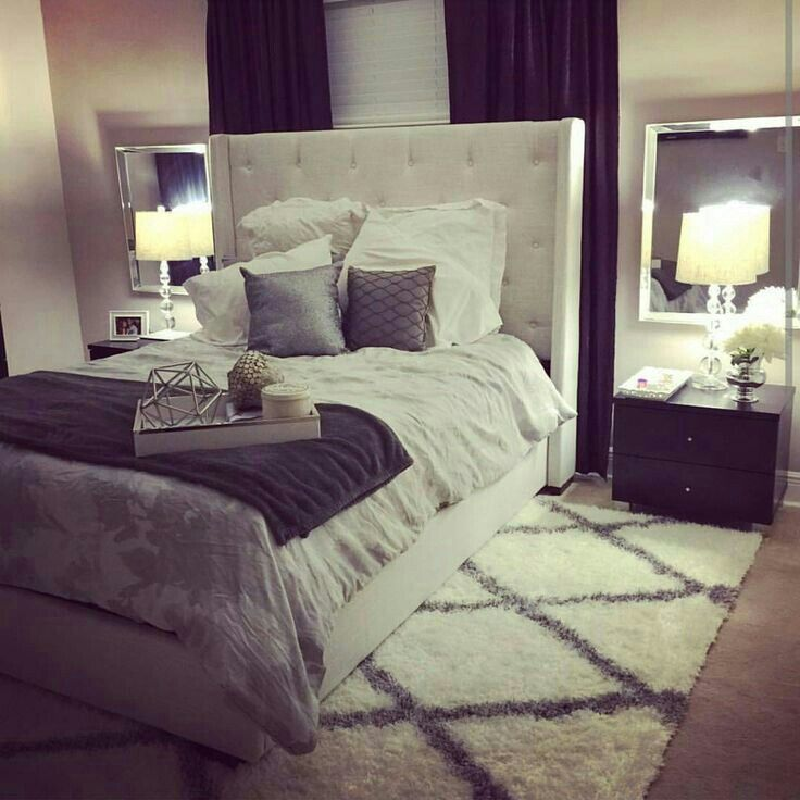 Awesome Bedroom With Decorative Brass Lamps Ideas